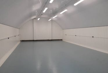 Unit 9 & 10 Gales Gardens, Gales Garden Arches, London, Warehouse & Industrial / Warehouse & Industrial To Let - 20191023_112024.jpg - More details and enquiries about this property