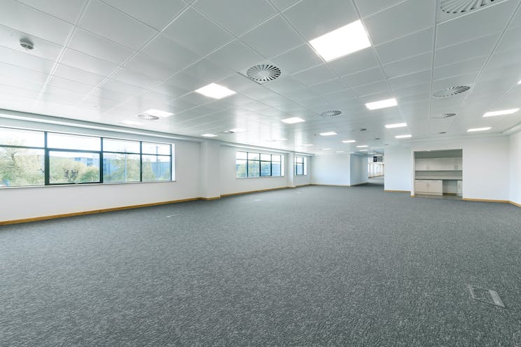 135 Theale Logistics Park, Theale, Reading, Industrial / Office To Let - d2iTLP04202075.jpg