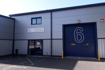 Unit 6 Larchwood Business Centre, Havant, Industrial To Let - 20200807_091809.jpg