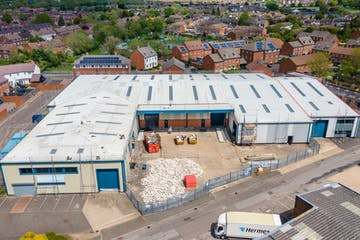 Unit 22 And 22a, Vale Industrial Estate, Aylesbury, Industrial To Let - THE VALE11.jpg