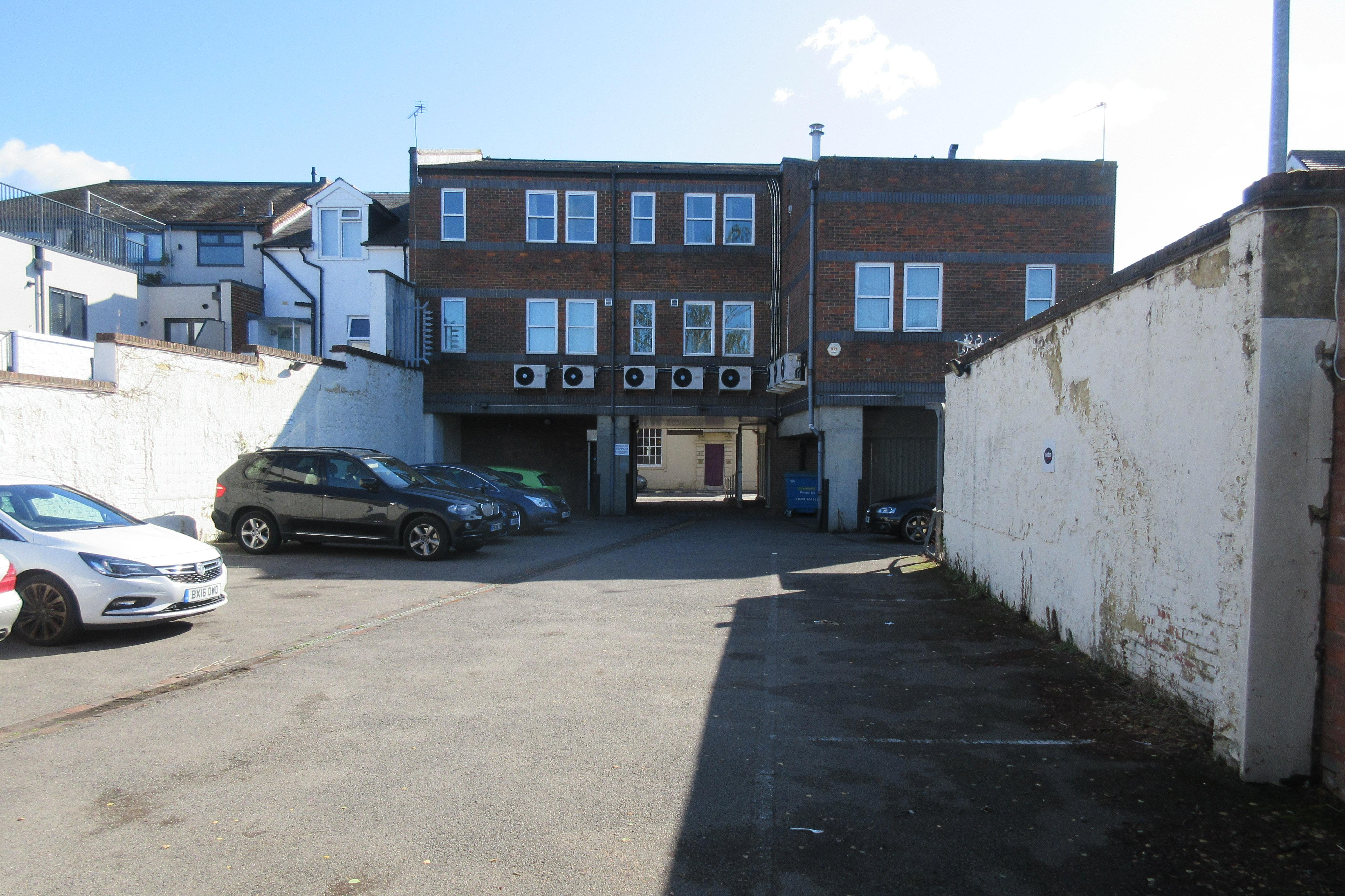 Laser House, 75 - 79 Guildford Street, Chertsey, Offices To Let - IMG_1413.JPG