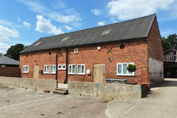 3b The Stables, Pinkneys Farm, Maidenhead, Offices To Let - External  3b The Stables.jpg