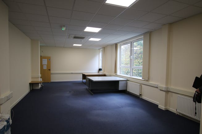 Suite 8A Bourne Gate, 25 Bourne Valley Road, Poole, Office To Let - IMG_3252.JPG