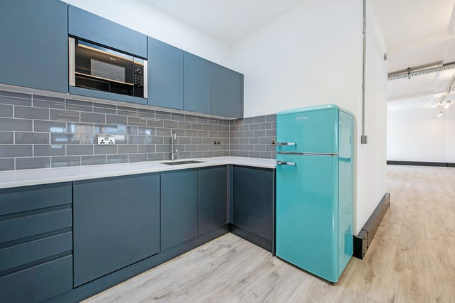 Pegasus House, London, Offices To Let - Kitchen