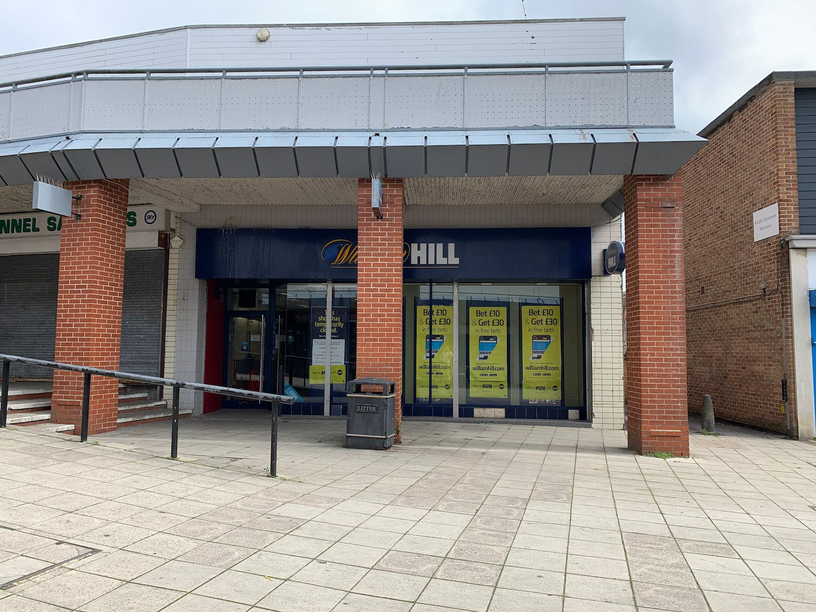 Unit 10, Greywell Shopping Centre, Havant, Retail To Let - k4h746AQ.jpeg