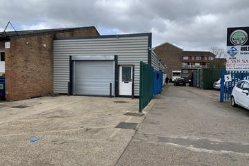 30 Gunners Buildings, Portsmouth, Industrial / Motor Trade To Let - 20210315 111817.jpg