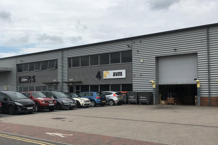 Unit 4 - J4, Camberley, Warehouse & Industrial To Let - IMG_1029.JPG