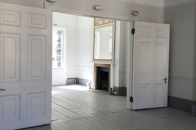 2 Hinde Street, Marylebone, London, Office / Retail To Let - 2_Hinde_Street_commercial_buildingspace_to_be_let_Marylebone.jpg