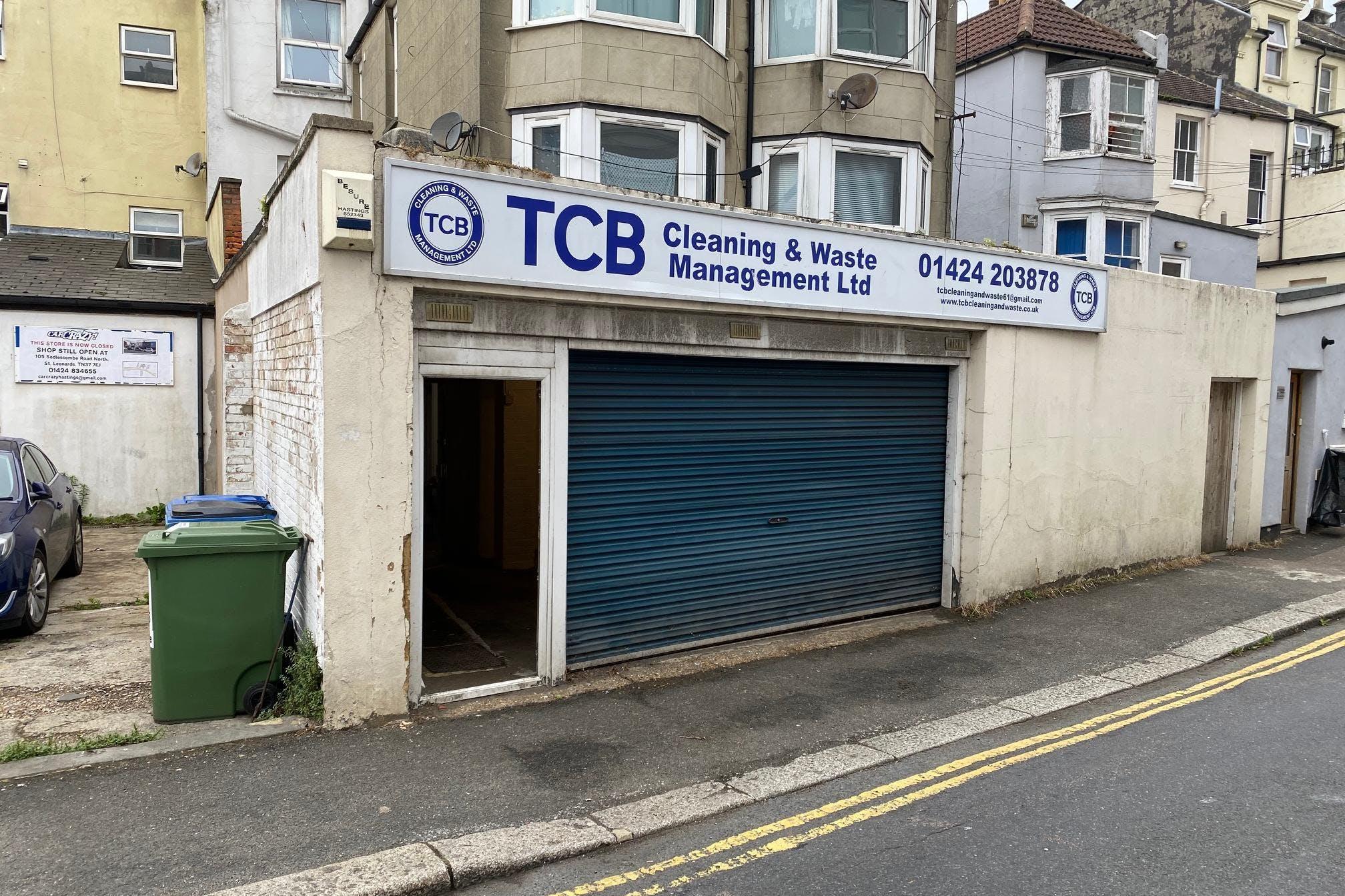 123-124 Queens Road, Hastings, Office / Retail To Let - IMG_3329.jpg