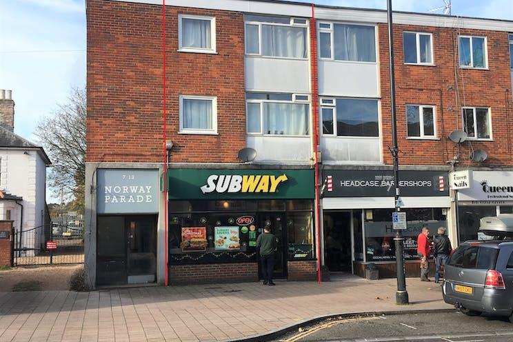 218 Fleet Road, Fleet, Investment Property For Sale - IMG_6920 - Copy.jpg