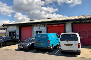 19 Fairway Business Centre, Portsmouth, Industrial To Let - 1.jpg