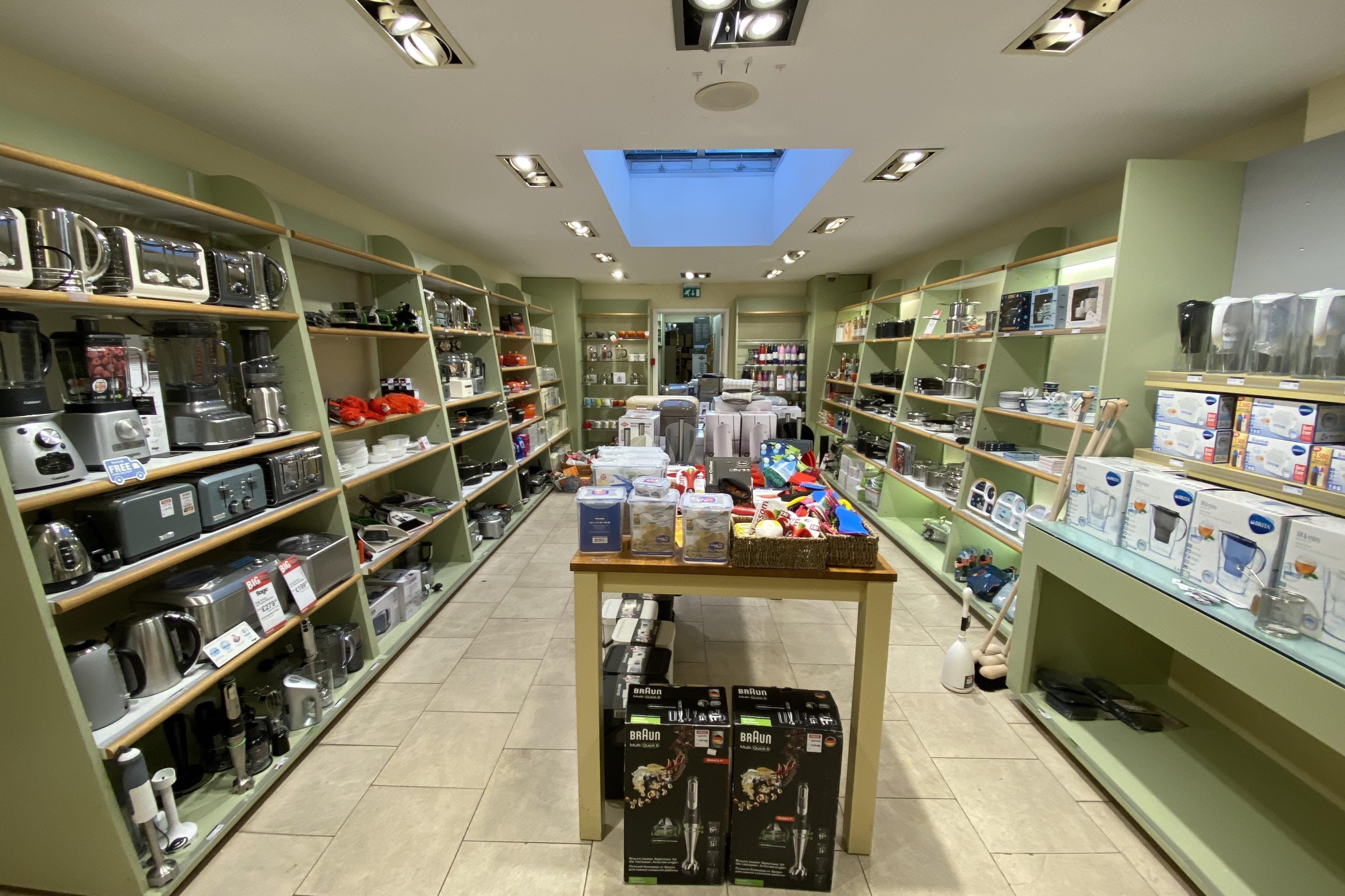 109 High Street, Thame, Retail To Let - IMG_5655.JPG