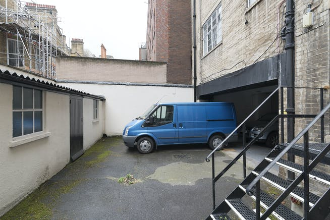 6A Reeves Mews, Mayfair, London, Office To Let - IW-020419-MH-046.jpg