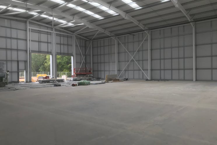 Units 1 & 2, Total Park, Reading, Industrial To Let / For Sale - IMG_3383.jpg
