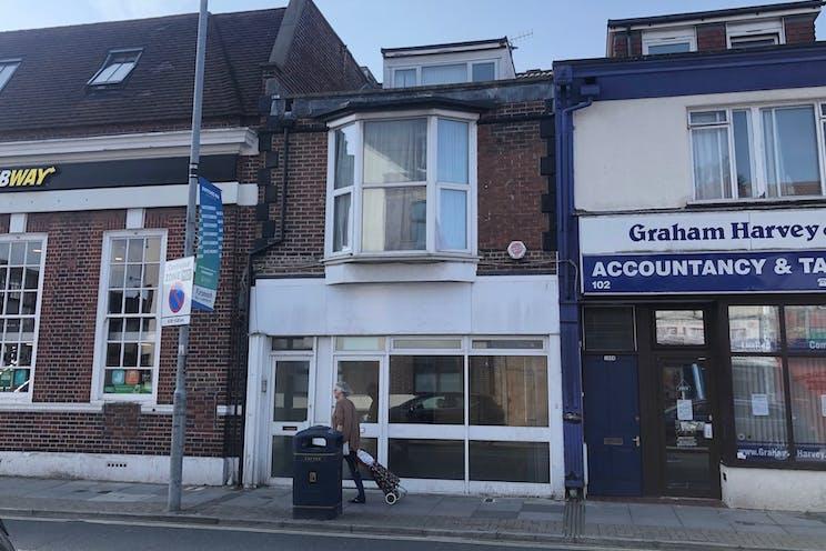 104 Albert Road, Southsea, Portsmouth, Retail To Let - 1.jpg