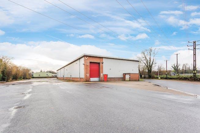 Penta House, Lynchford Lane, Farnborough, Warehouse & Industrial To Let - 0wIDLF7Q.jpeg.jpg
