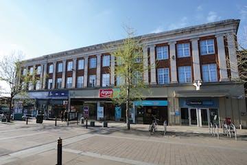 5-9 High Street, Leatherhead, Retail To Let - a2a2fac2682211e99f590242ac110002auto.jpg