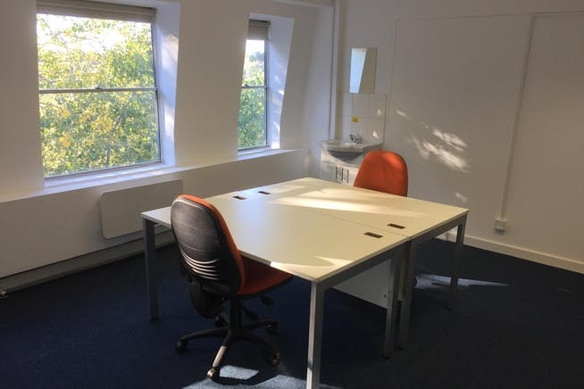 Century House, Hastings, Office To Let - Century House - Office (2 Desk).JPG