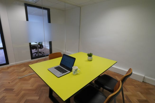 Collaborate Workspaces, Steward House, Woking, Serviced Offices To Let - BTP04433.JPG