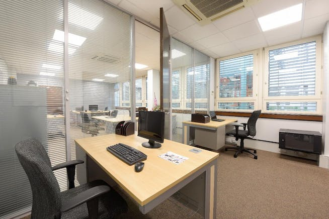 BOURNE HOUSE, 475 Godstone Road, Whyteleafe, Offices To Let - Office2Snip.jpeg