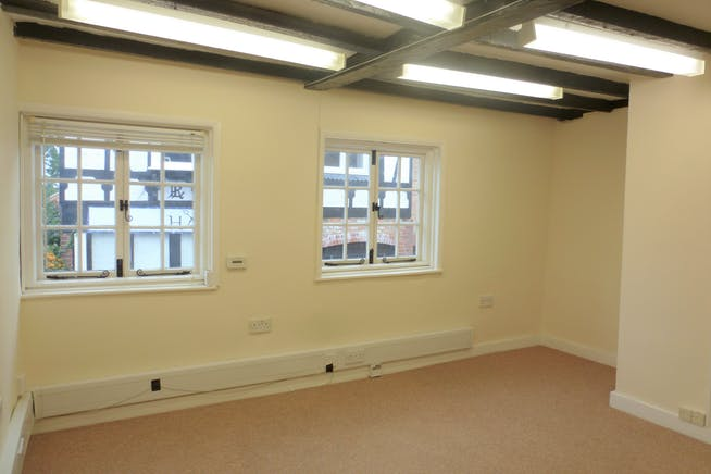 76A High Street, Slough, Offices To Let - P1080380.JPG