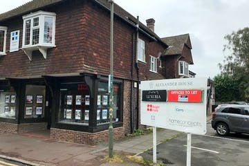 23 Station Approach, Virginia Water, Office To Let - Photo 4.jpg