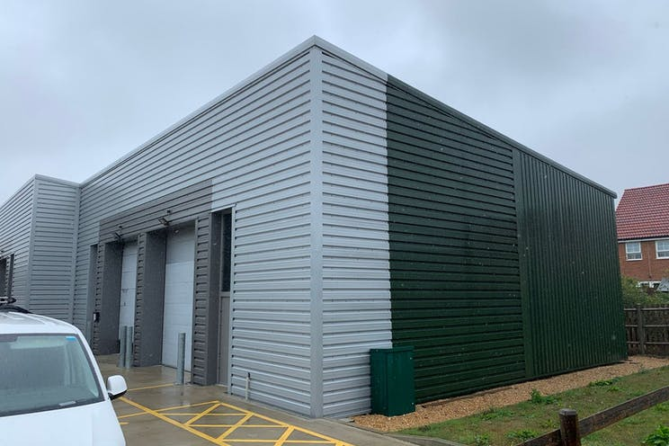 Furniss Business Centre, Unit 1, Hayling Island, Industrial To Let - 0Jrj1IeA.jpeg