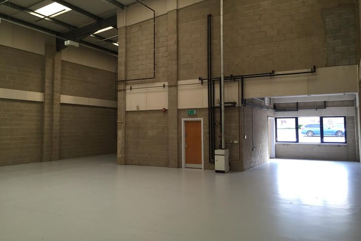 Unit 4 Guildford Industrial Estate, Guildford, Warehouse & Industrial To Let - internal 3