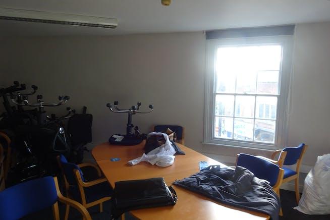 34-36 Burlington Street, Chesterfield, Offices / Retail To Let - DSC03042.JPG