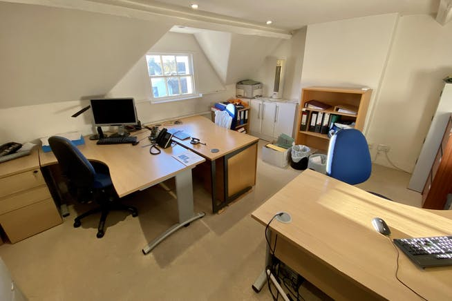 89 High Street, Thame, Office To Let - IMG_0844.JPG
