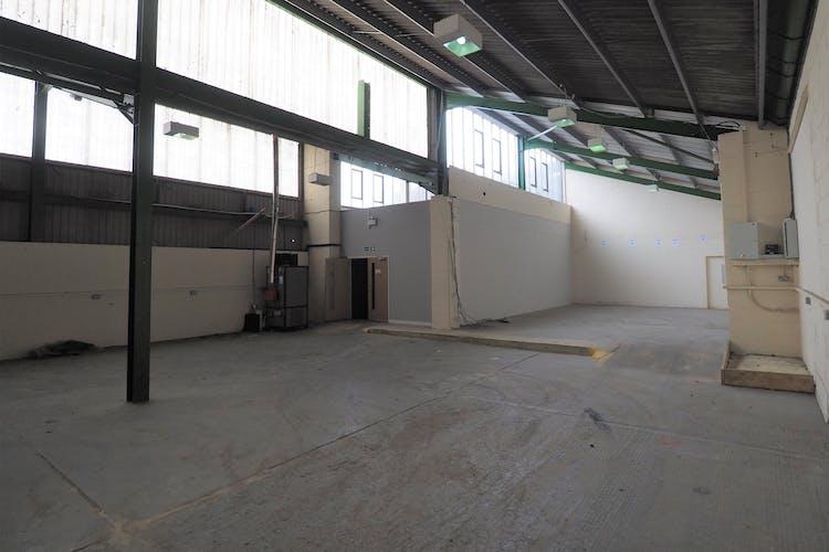 Unit 9 Graylands Estate, Horsham, Industrial To Let / For Sale - P5020002.jpg