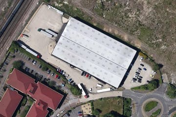 Central 37, Kingsclere Road, Basingstoke, Warehouse & Industrial To Let - Capture.JPG