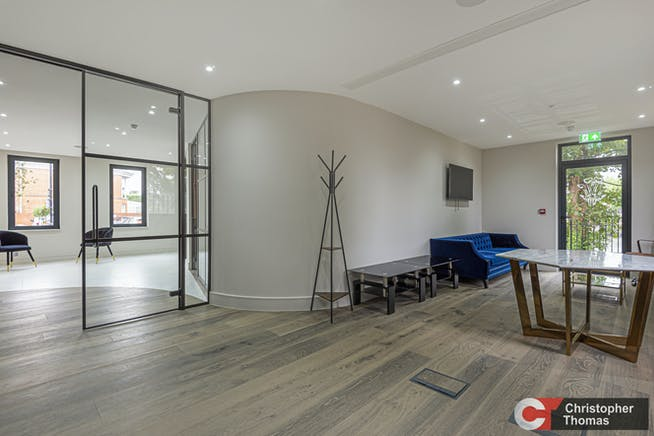 Montreaux House, The Hythe, Staines-Upon-Thames, Office To Let - 6137f70c-0437-40ce-b24e-2c786ecbc4ef.jpg