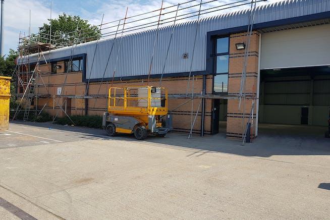 Fairwood Industrial Estate, Leacon Road, Ashford, Warehouse / Industrial To Let - 20200810_112323.jpg