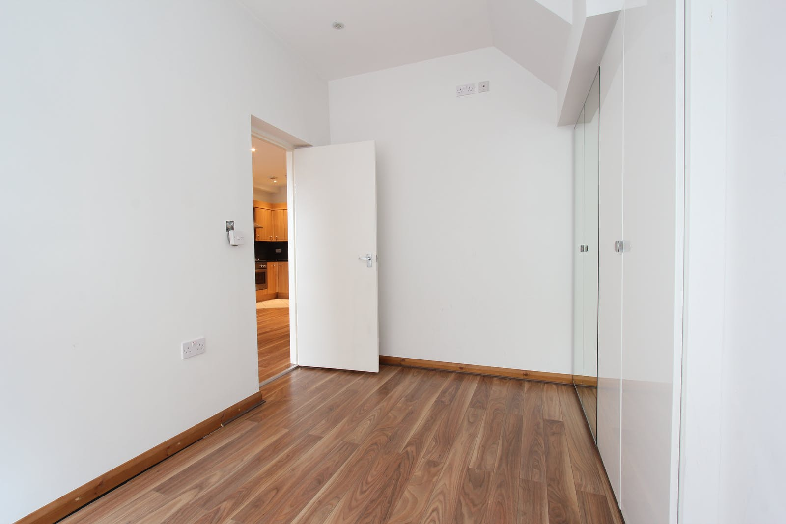 9A Canfield Place, London, Office To Let - IMG_8350.JPG