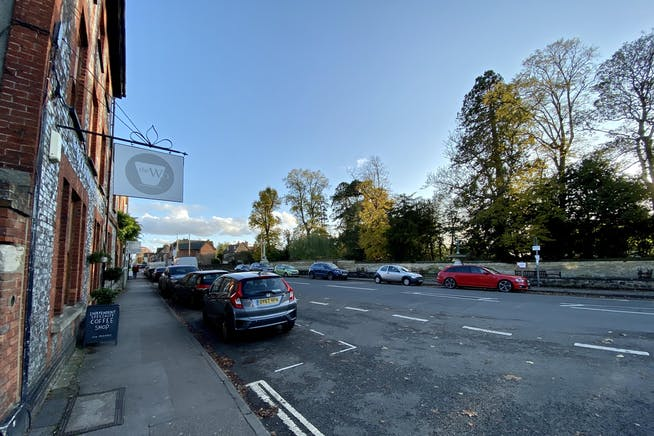 3 St. Andrews Court, Thame, Office To Let - HIGH STREET SOUTH.jpg