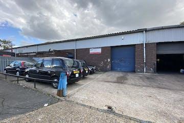 Unit 9 Thornham Grove Industrial Estate, London, Industrial To Let - IMG_5496.jpg
