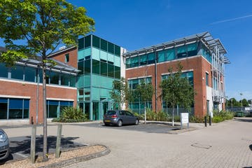 Kings Court, Leatherhead, Offices To Let - KingsCourt_bpp_007.jpg