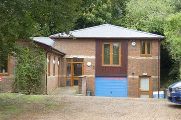 Unit 1 Dolphin House, Winchester, Business Park / Office To Let - P1050139.JPG