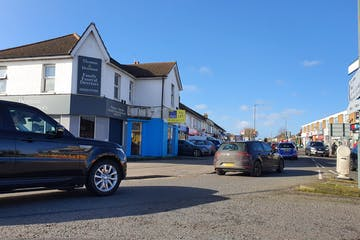 327 Wallisdown Road, Poole, Office, Retail & Leisure To Let - 20200208_115213.jpg