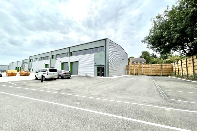 Unit 1 Elia Close, High Wycombe, Industrial To Let - IMG_7460.jpg