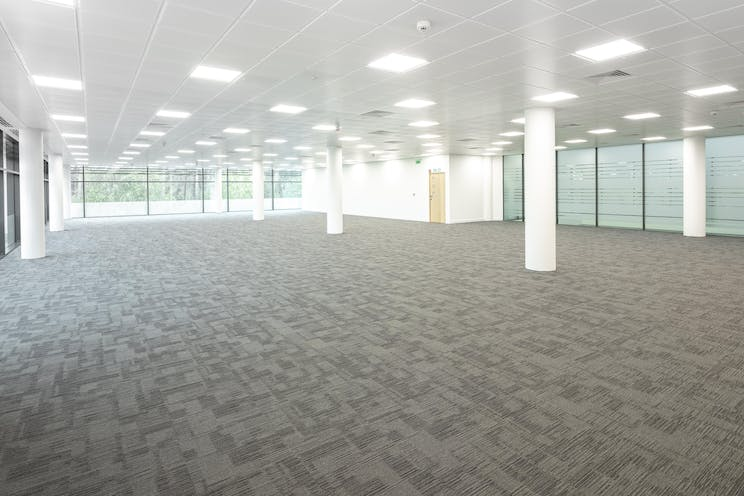 Crowthorne House, Wokingham, Offices To Let - CROW_002.jpg