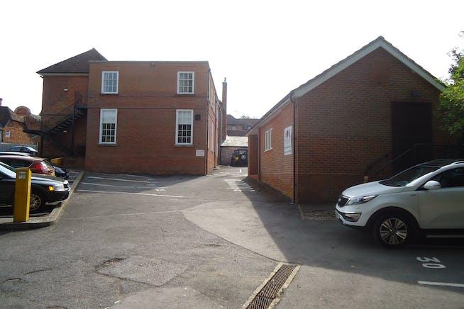 24 Swan Street Kingsclere, 24 Swan Street, Newbury, Development (Land & Buildings) / Investments / Offices For Sale - DSC09665.JPG