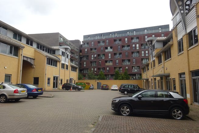 Unit 7 & 10 Quebec Wharf, 14 Thomas Road, London, Warehouse & Industrial / Offices To Let - DSC02885.JPG
