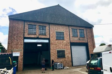 Unit 5 Cumberland Works, Wintersells Road, Byfleet, Warehouse & Industrial To Let - IMG_6515.jpg