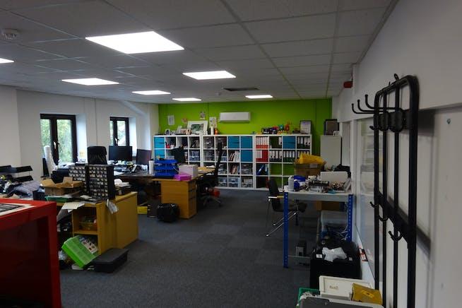 2 Manton Street, Sheffield, Warehouse & Industrial / Offices To Let - DSC00676.JPG
