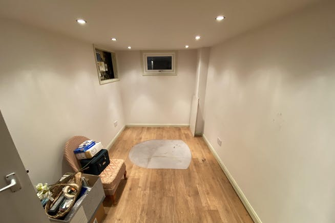 17A Buttermarket, Thame, Retail To Let - BASEMENT.JPG