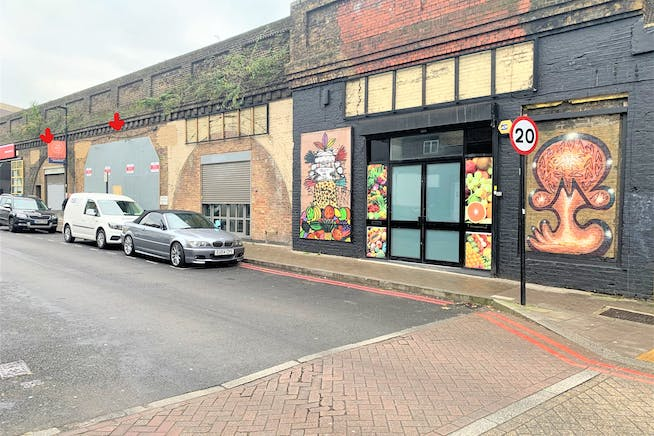 Lendal Terrace, Clapham North, Offices / Industrial / Retail To Let - InkedIMG_4278_LI.jpg