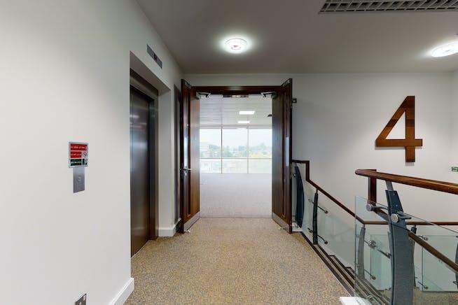 3 Arlington Square, Bracknell, Bracknell, Offices To Let - 8422308interior03.jpg