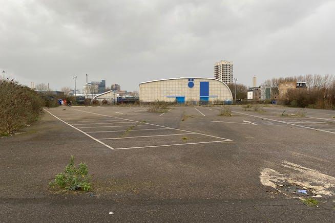 Land At Pier Road, London, Land To Let - IMG_1002.jpg